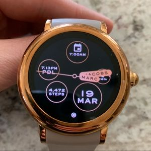 Smart watch Marc Jacobs Riley